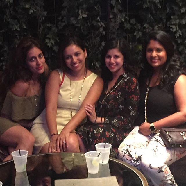 Dinner with the girls #summervibes #nycrooftop #lastnight #indoorgarden