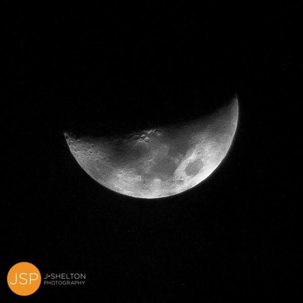 Moon_BowlCrescent_12.18.12_-1.jpg
