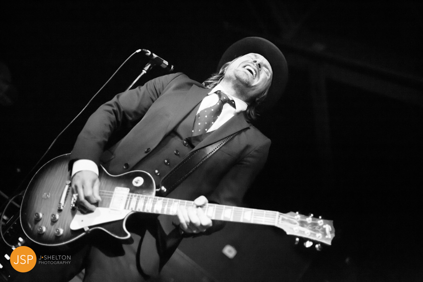 VintageTrouble_VanguardTulsa_29May13_web-30.jpg