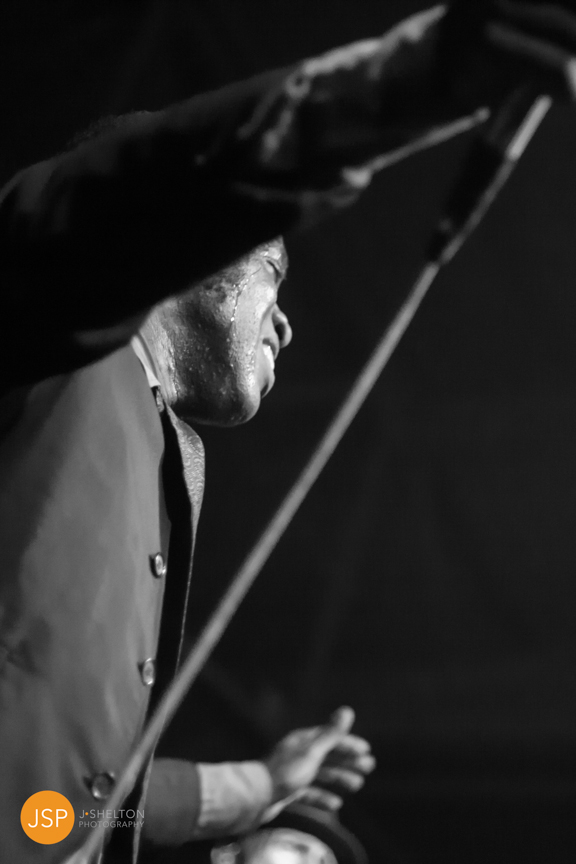 VintageTrouble_VanguardTulsa_29May13_web-89.jpg