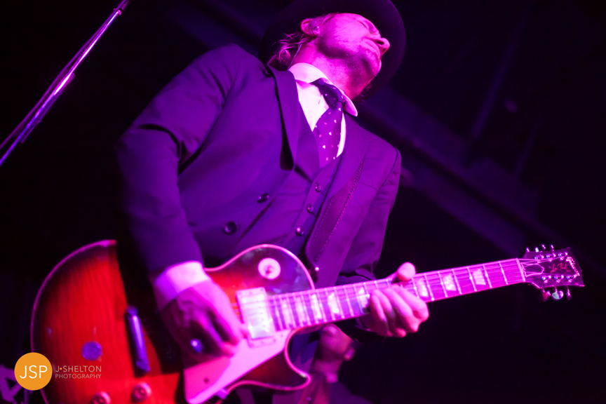 VintageTrouble_VanguardTulsa_29May13_web-92.jpg