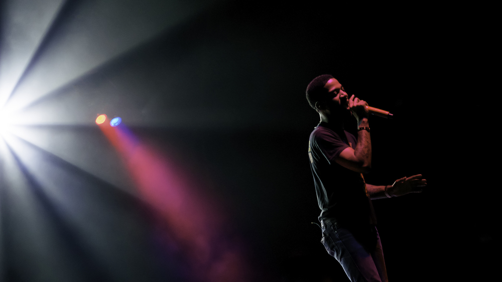 Kid Cudi Lights Up.jpg