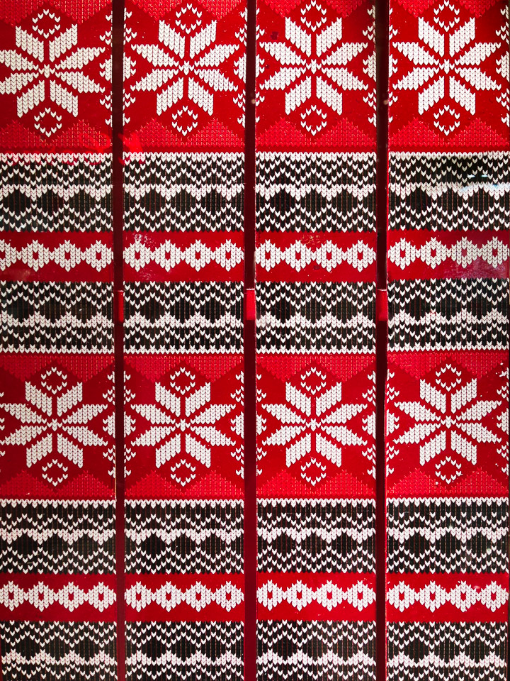 Knit Patterned Skis - Red
