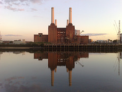 Cycling home last night I was passing Battersea Powerstation at sunset and snapped this photo with my Nokia N95.