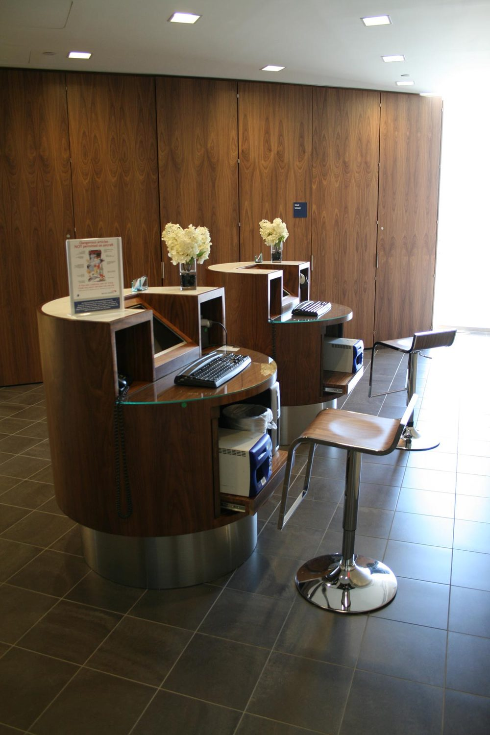 British Airways Galleries Lounge | Newark Int'l