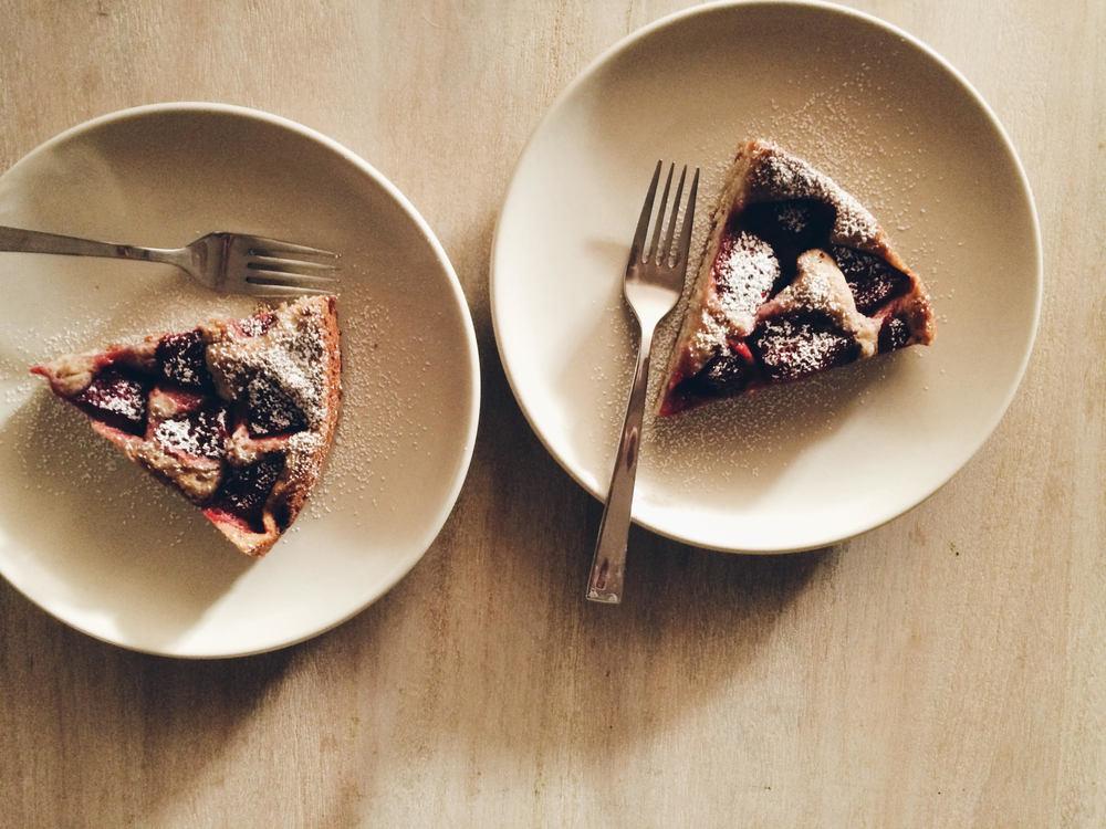 strawberry cake 4.jpg