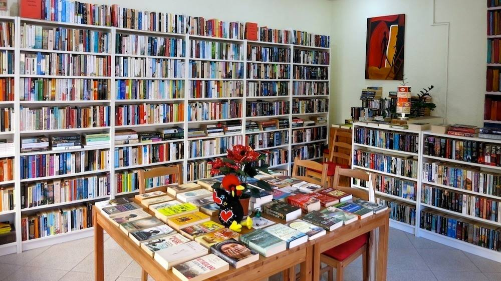 Bookshop Bivar.jpg