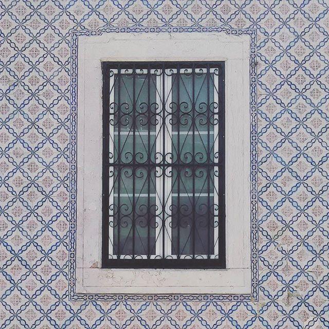 Lisbon Window.jpg