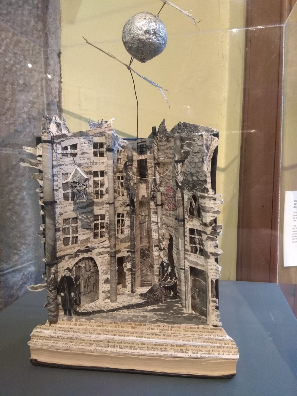 Book sculpture 2.jpg