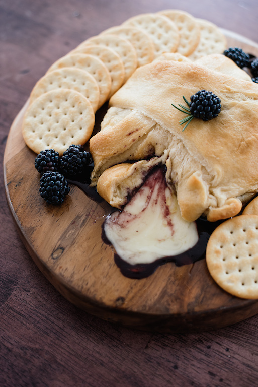 Holiday Entertaining - Baked Brie En Croute