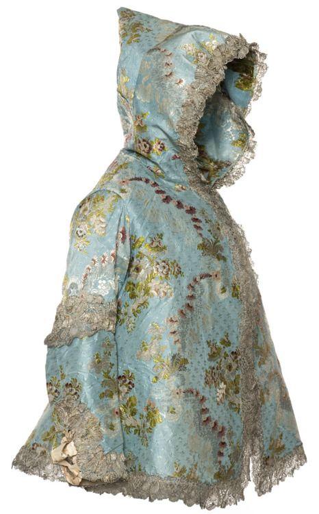 Hood, 1760's France, Les Arts Décoratifs