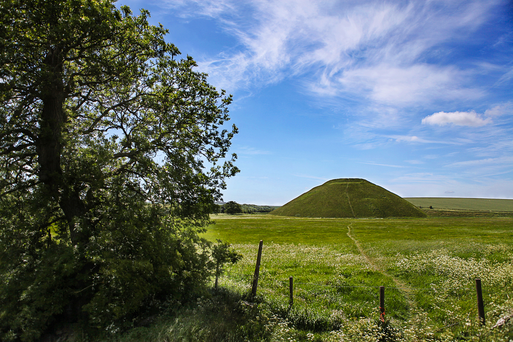 ©Jennifer Bailey 2013 Silbury Hill, England
