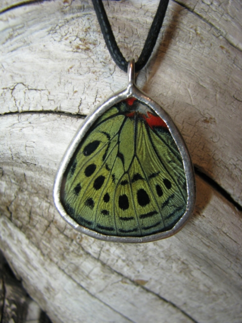 butterfly_necklace.jpg