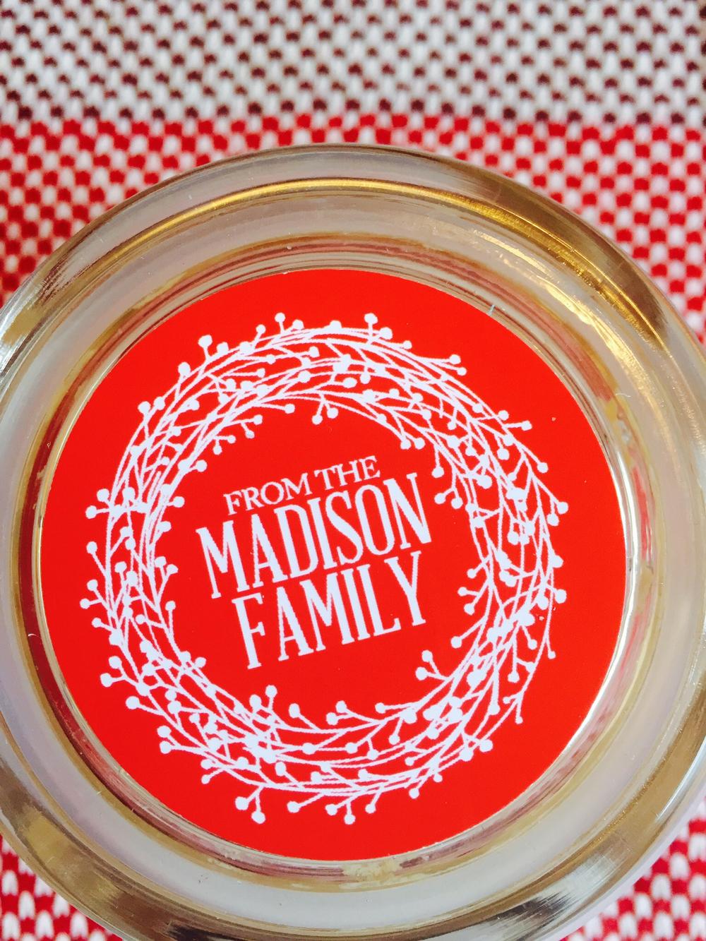 Red Wreath Gift Sticker