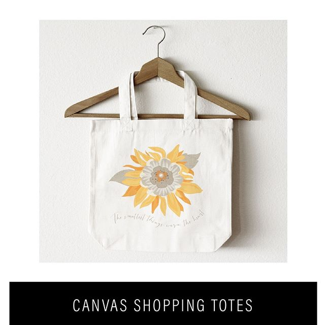 Here is a nice gift idea! A sunflower canvas tote bag! Shop at www.juliebluet.com or https://buff.ly/2IfuWqv #totebags #canvastote #giftidea #personalizedgift #bridesmaidgift #beachbag #etsyhandmade
