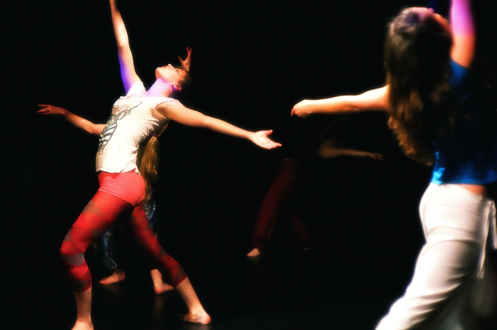 2011-06-02 at 19-20-38, dance.jpg