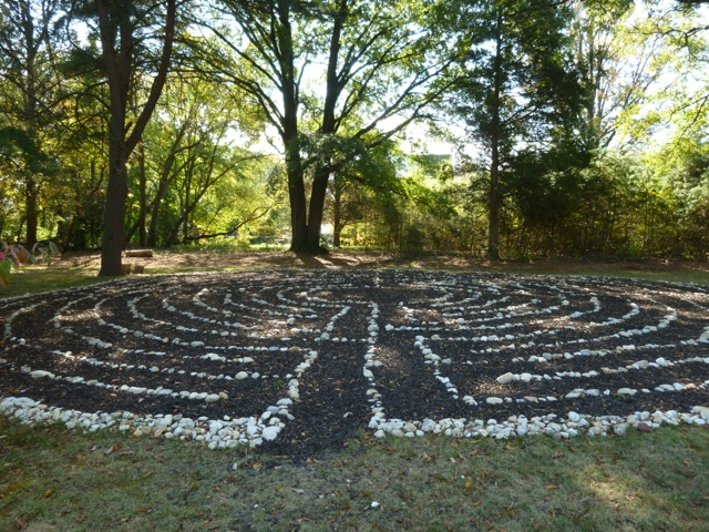 The labyrinth is under some old pines and other trees and thus gets lots of shade. Something planted nearby made the approach smell really pleasant.