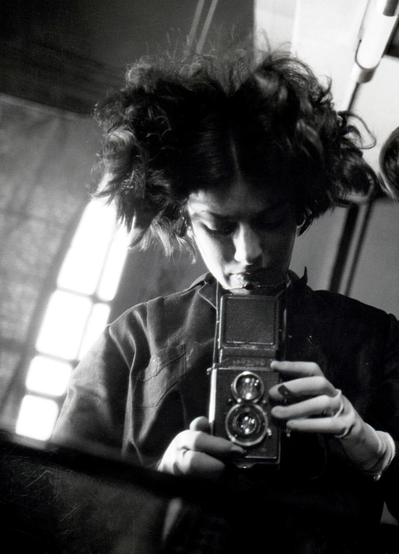 eva_besnyo_self_portrait_1932.jpg