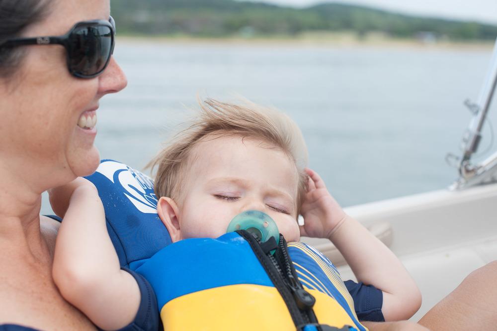Boat rides are so soooooothing.....