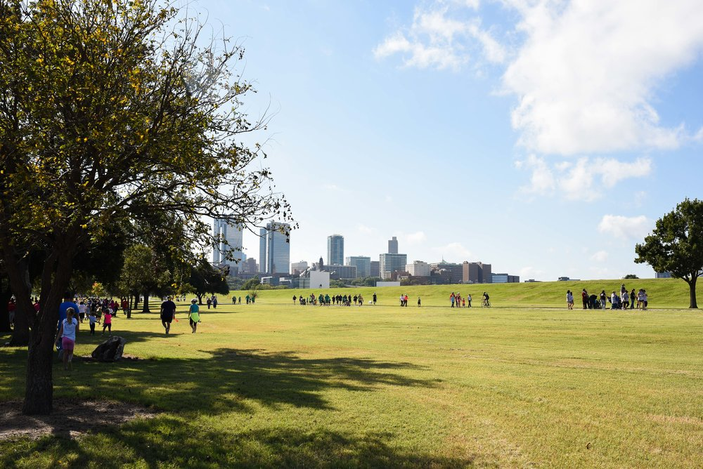 We had a beautiful day for Fort Worth's annual JDRF fundraising walk.  Thank you again to all of our wonderful friends and family who helped us achieve our goal!
