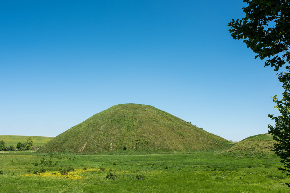 Also in Avebury, we found Silbury Hill.  Made largely of chalk, this Neolithic mound is the largest man-made of its kind in Europe.  Its breadth and height compare to the contemporary Egyptian pyramids; its purpose is still a mystery to modern researchers.