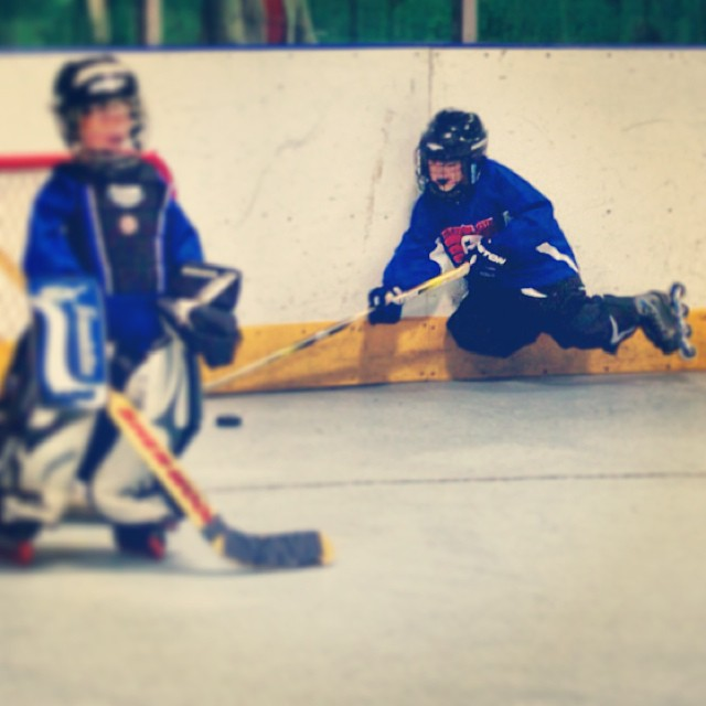 "Blue Bombers Mite Division ""Air Hockey"" #inlinehockey"