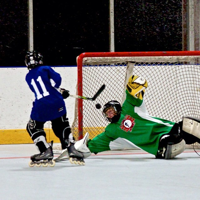 "Green Vipers vs Blue Bantam Division ""Shootout Winner"" #inlinehockey"
