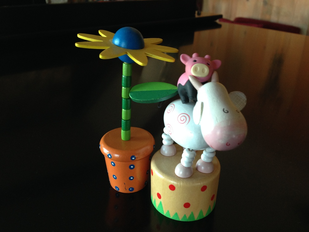 Flower and Mooey Push Puppet