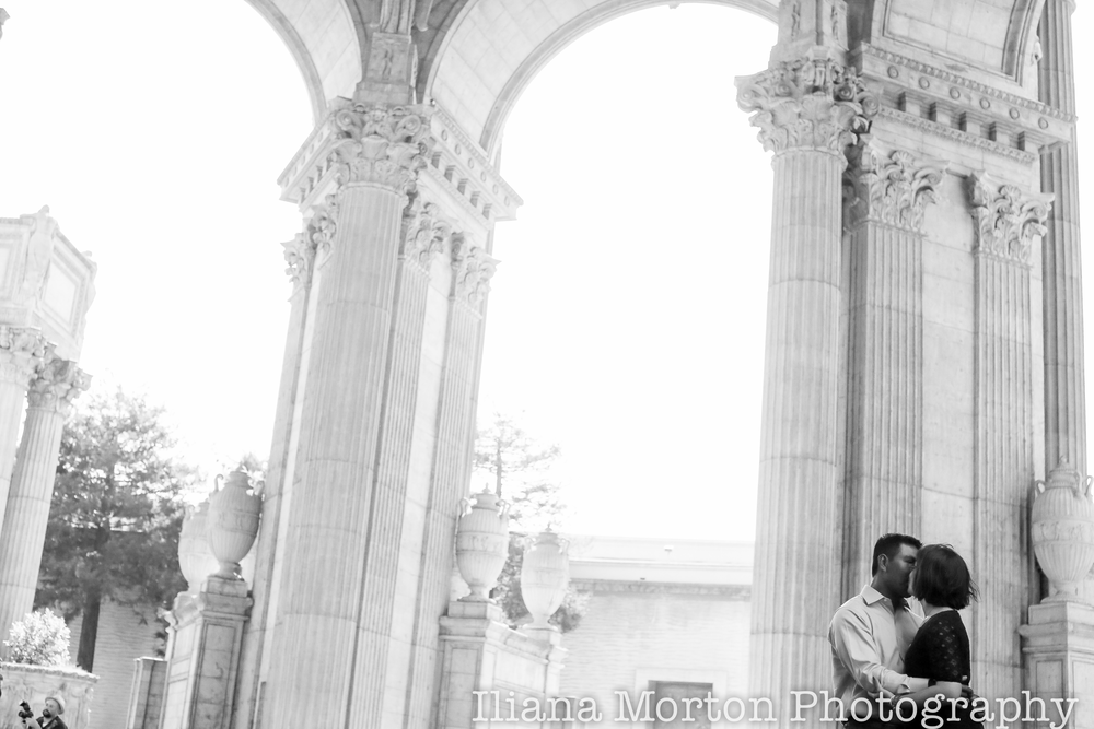 San-Francisco-Palace-of-fine-arts-sutro-baths-engagement-session-MR-41.png