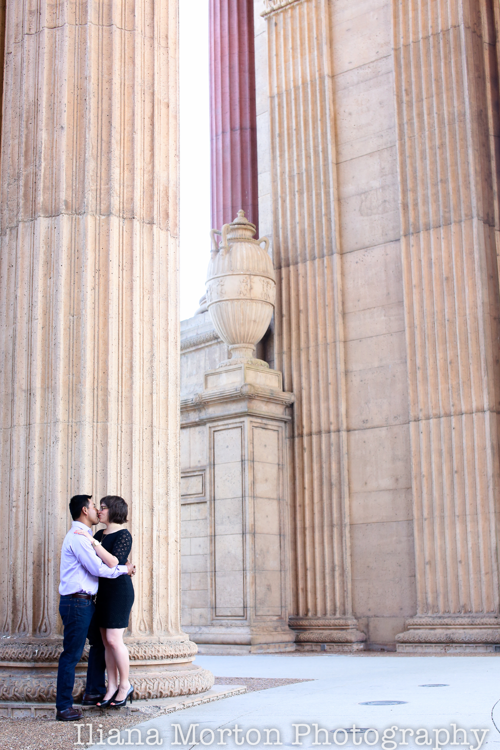 San-Francisco-Palace-of-fine-arts-sutro-baths-engagement-session-MR-35.png