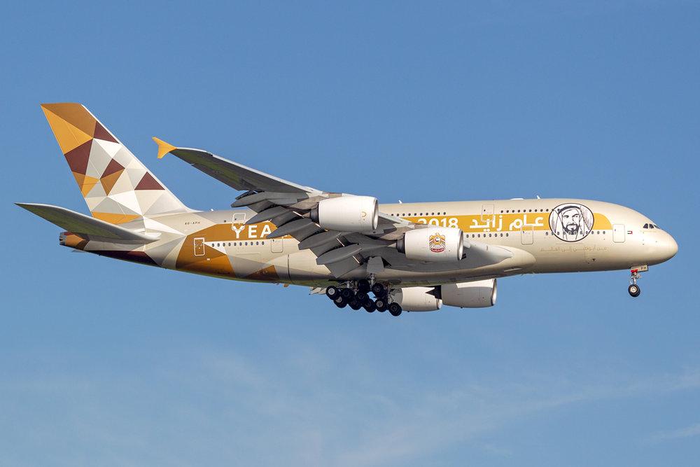 A6-APH_ETIHAD_A380_JFK_073118.jpg