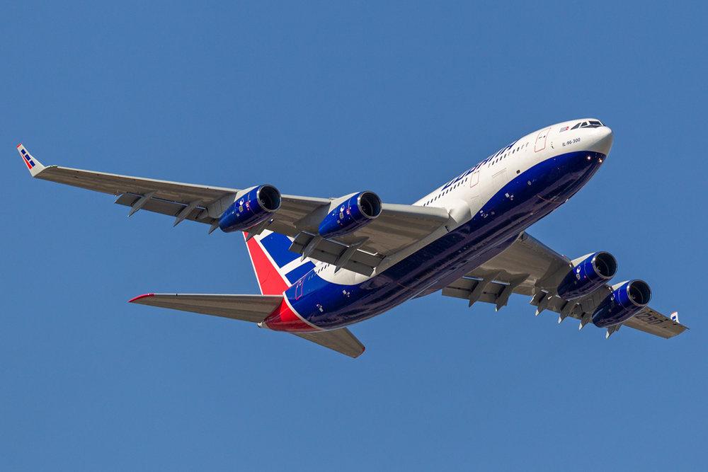 CU-T1250_CUBANA_IL96_JFK_093018.jpg