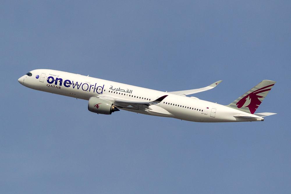 A7-ALZ_QATAR_ONEWORLD_A350_JFK_101618.jpg