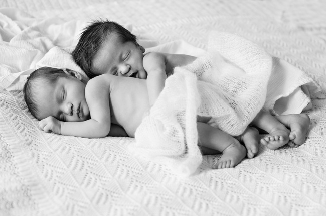 Brooklyn Newborn Twins Photographer 8.jpg