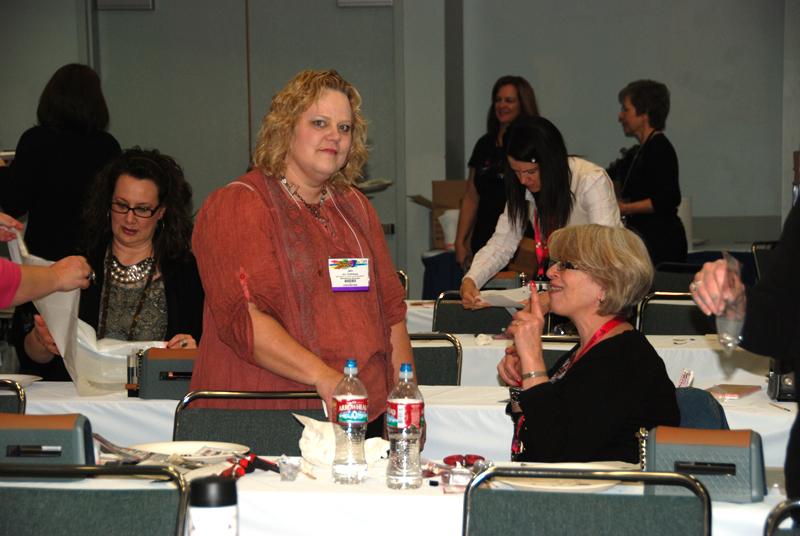 Jennie Boxall (right) and Jen Kushman (left)