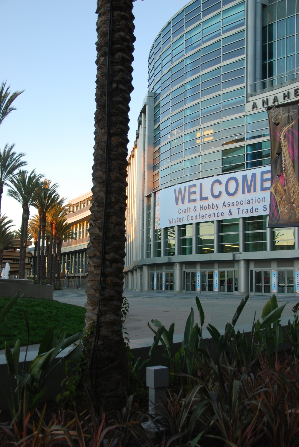 the Anaheim convention center was an ideal venue