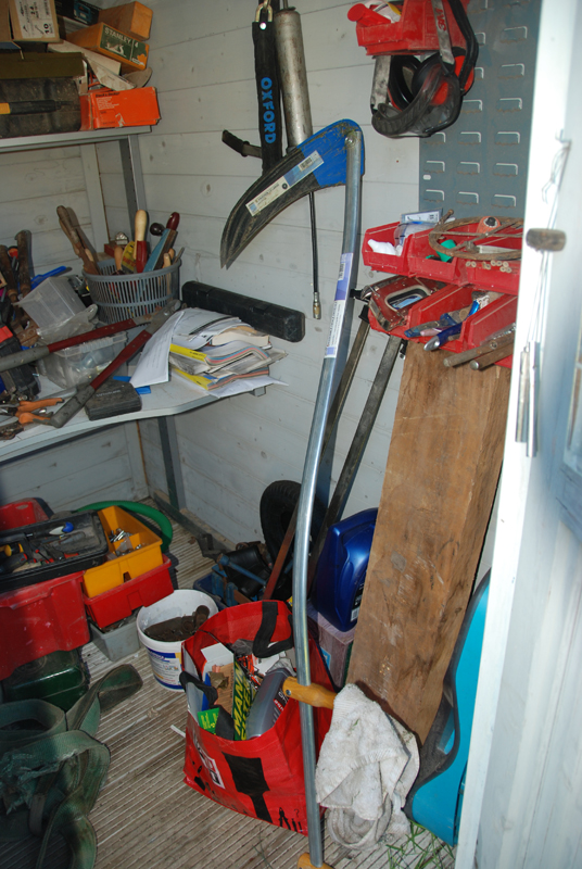 My scythe with the short bramble blade on..
