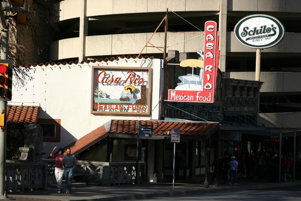Alamo Bowl 2005 064.jpg