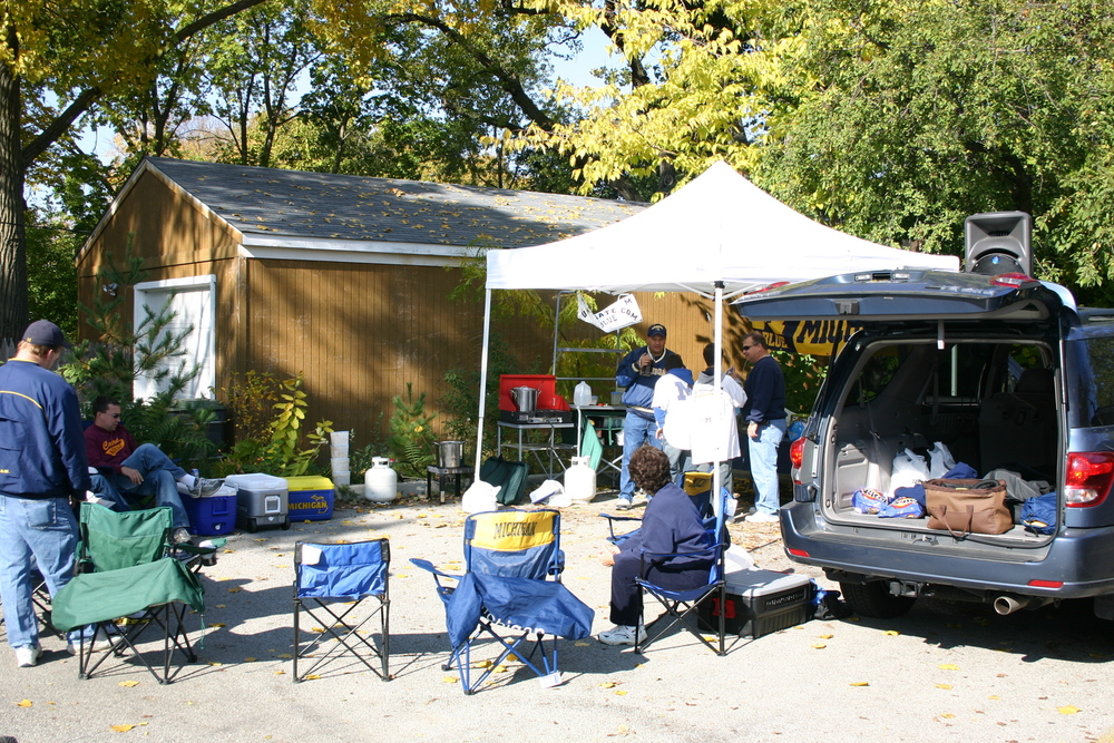 October 29, 2005:  Our old standby spot at Northwestern before a definitive 33-17 victory over the Wildcats.