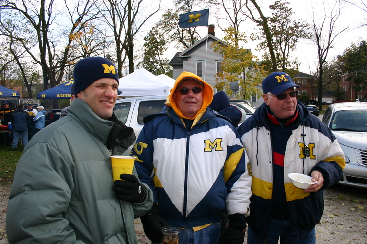 October 28, 2006:  Rain forces the tailgate off of the golf course and into Tailgate Girl's backyard before Michigan's 17-3 victory over Northwestern.