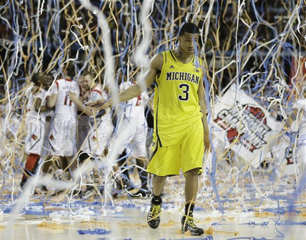 APTOPIX-NCAA-Final-Four-Michigan-Louisville-Basketball-5.JPG