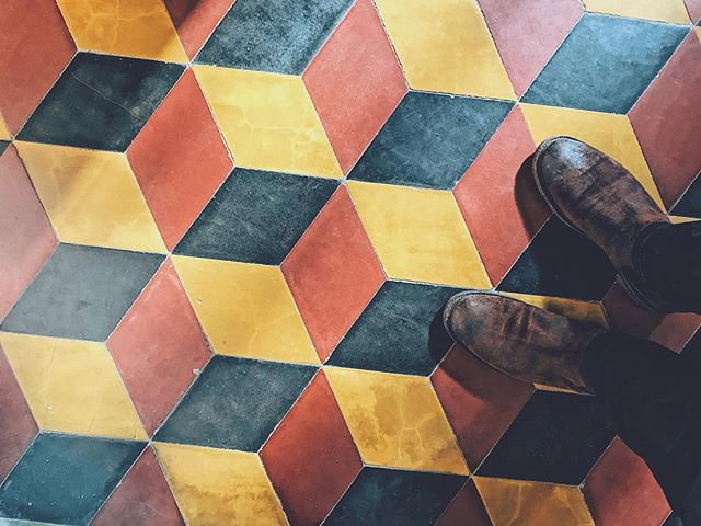 Loving this modern looking tile pattern even tho it's hundreds of years old. #ihavethisthingwithfloors