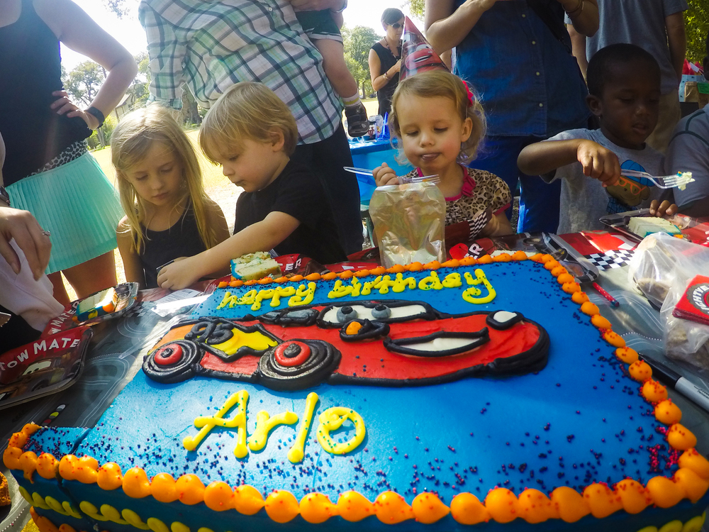 20151010-Arlo_3rd_Birthday_Party06.jpg