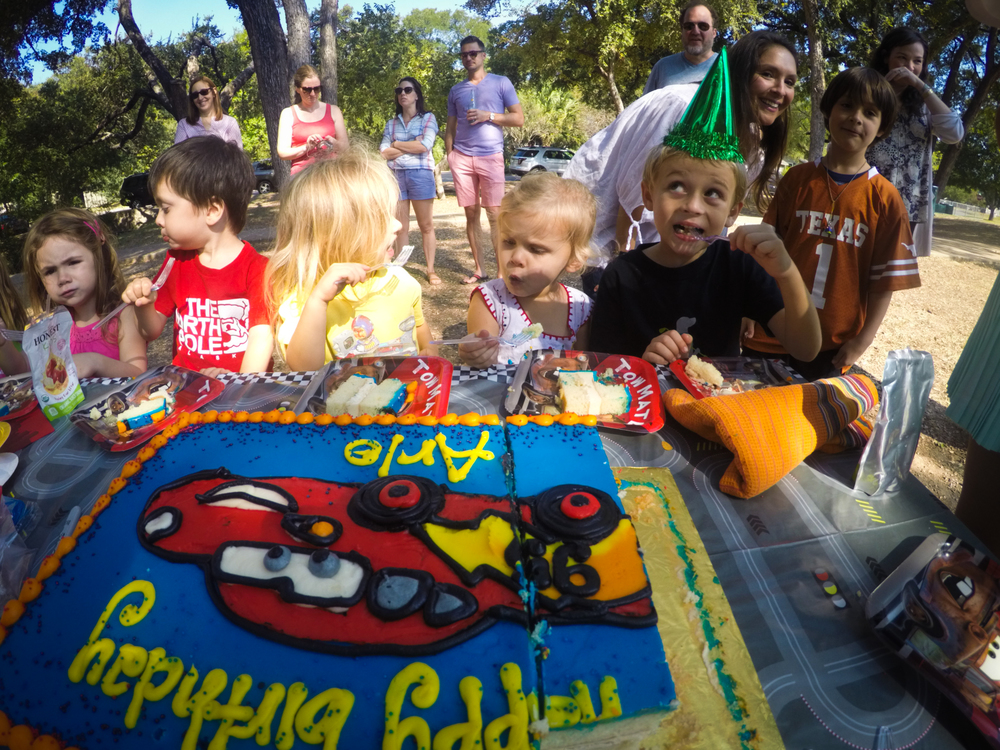 20151010-Arlo_3rd_Birthday_Party07.jpg