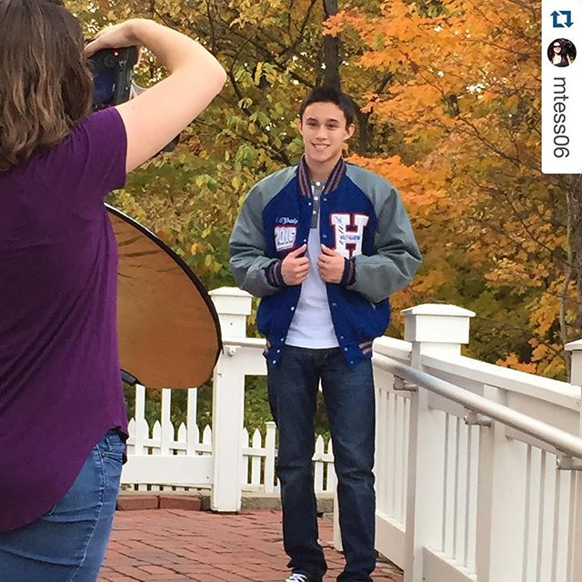 #Repost @mtess06 with @repostapp. ・・・ Another great senior photo shoot with @mindyhiattphoto!!! Can't wait to see these awesome pictures 📷😊. Thank you Mindy and your wonderful assistant, Taylor!
