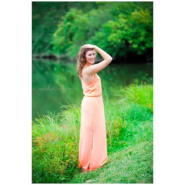 @megan__graves senior portraits are on the blog! You can visit www.mindyhiatt.com to see more!! Isn't she lovely!!!