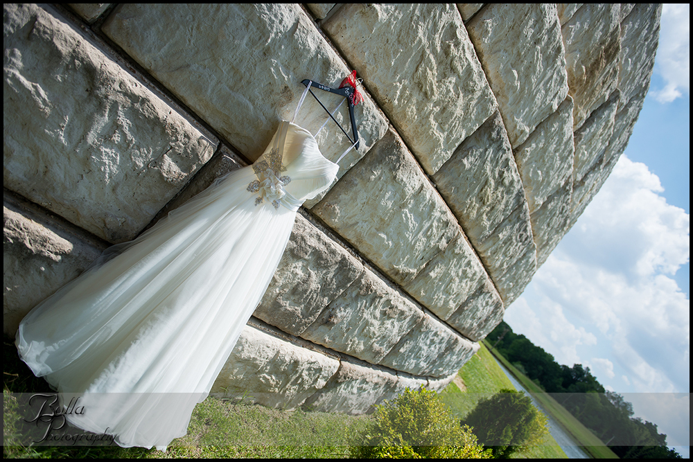 002-villa-marie-winery-maryville-il-wedding-dress-stone-vineyard.jpg