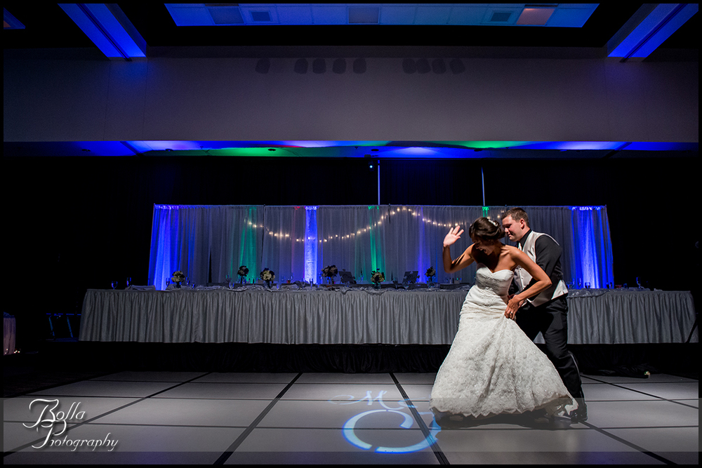 015_Bolla_Photography-wedding-reception-first-dance-boogie-Collinsville-Gateway_Center-Hibbs.jpg