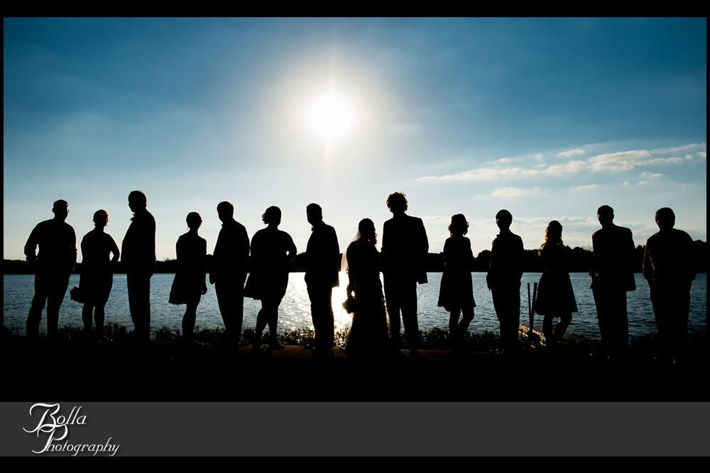 009_Bolla_Photography-fall-wedding-outdoor-portraits-bride-groom-bridal_party-bridesmaids-groomsmen-Silver_Lake_Park-blue_sky-silohuettes-lake-Highland-Kuhl.jpg