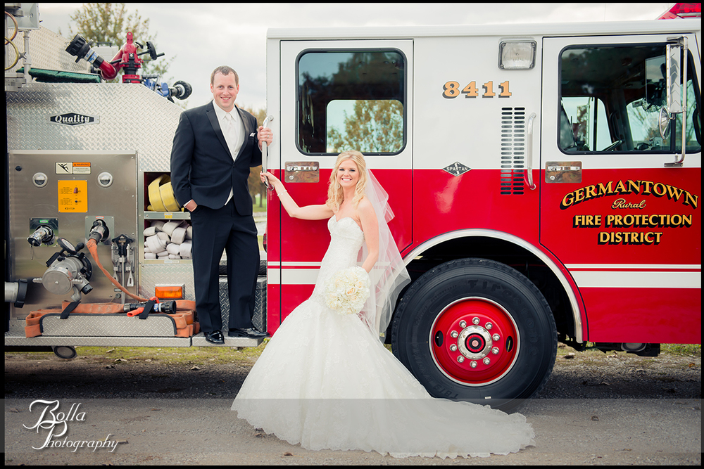 014-Bolla-Photography-wedding-Germantown-IL-portraits-bride-groom-Breese-park-firefighter-fire-truck-engine-Albers.jpg
